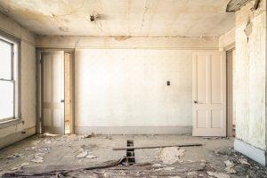 Retrouvez la marche à suivre pour optimiser vos travaux d'isolation de maisons.